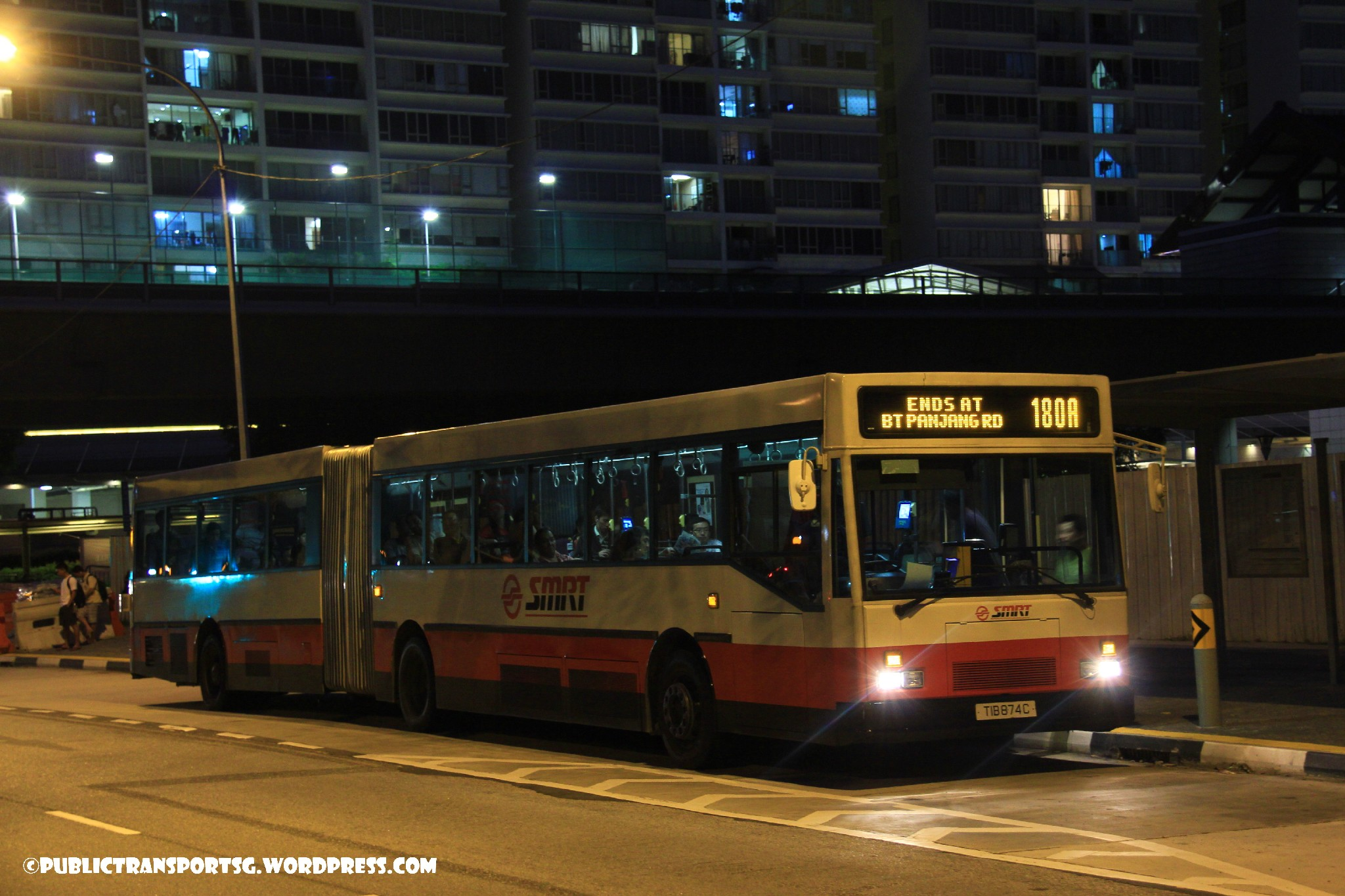 SMRT Mercedes-Benz O405G (Hispano MkI) (TIB) - Service 180A