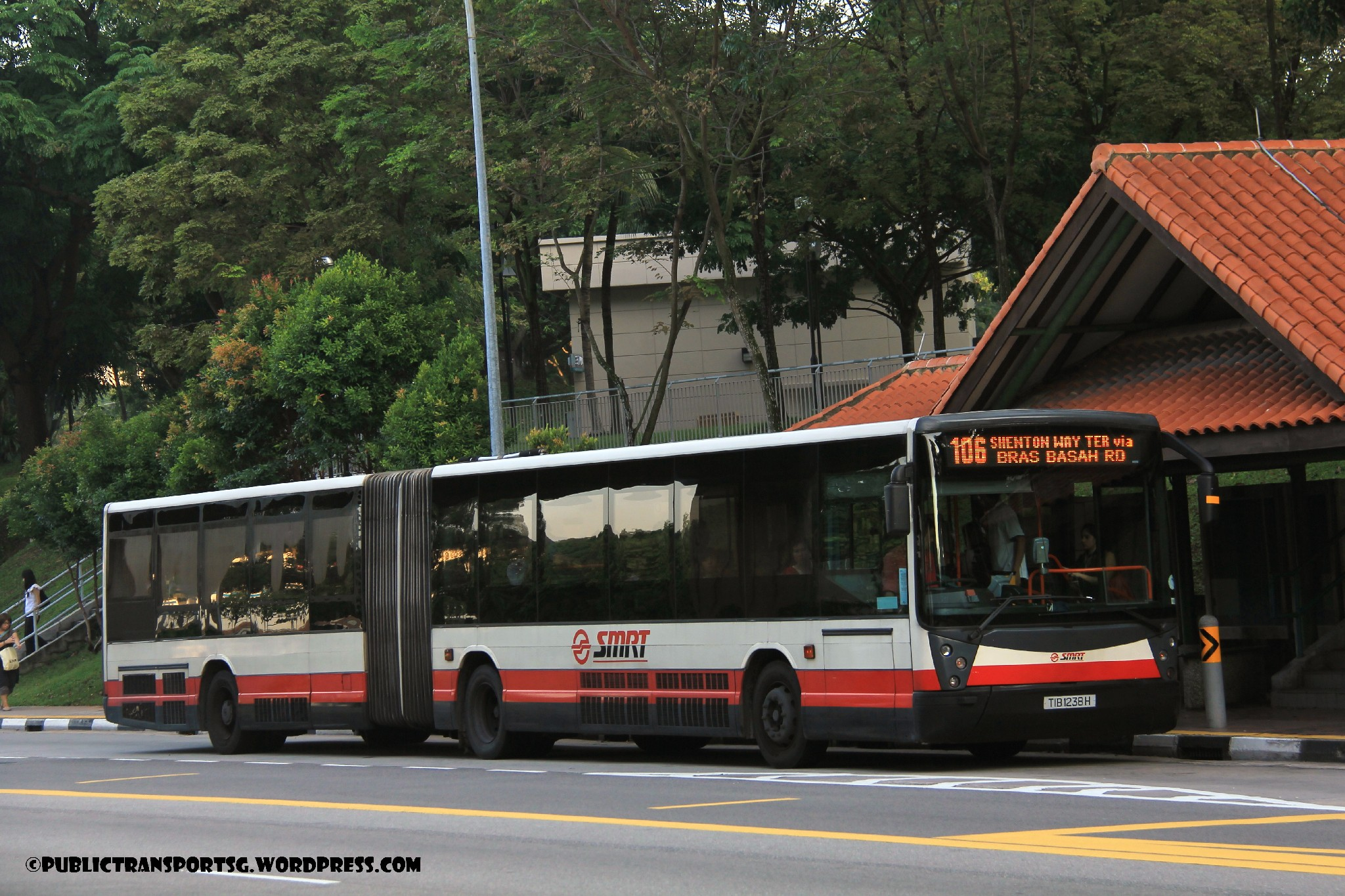 TIB1238H - Service 106 (Mobitec MobiLED)