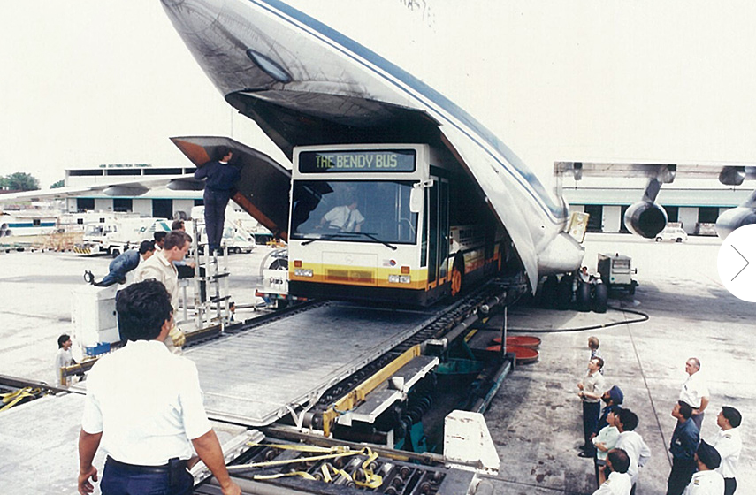 TIB838H being unloaded off the cargo plane