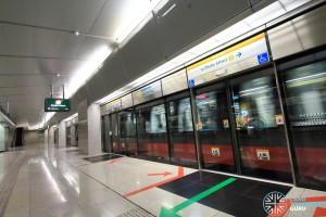 Esplanade MRT Station - Platform B