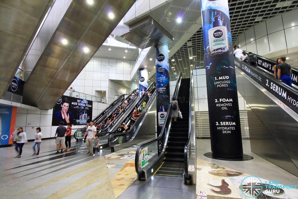 City Hall MRT station - Wikipedia