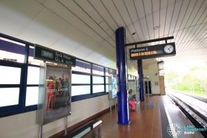 Teck Whye LRT Station - Platform 2