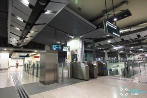 Bartley MRT Station - West Faregates leading to lift