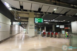 Serangoon MRT Station - CCL Faregates (West end)