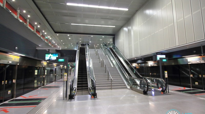 Pasir Panjang MRT Station - Platform level