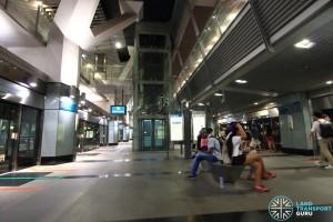 Platform B & D concourse