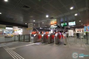 Paya Lebar MRT Station - CCL Ticket Concourse (North end Passenger Service Centre & Faregates)