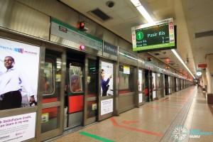 Raffles Place MRT Station - Platform A (Eastbound EWL)