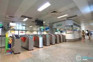 Outram Park MRT Station - EWL Passenger Service Centre & Faregates