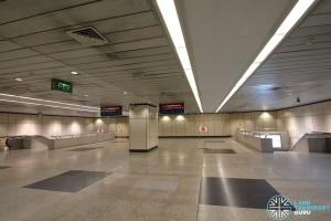 Braddell MRT Station - Ticket concourse (Paid area)