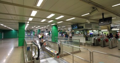 Novena MRT Station - Ticket concourse (Paid area)