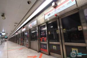 Somerset MRT Station - Platform A