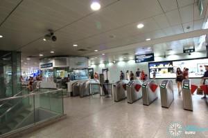 Somerset MRT Station - Passenger Service Centre & Faregates