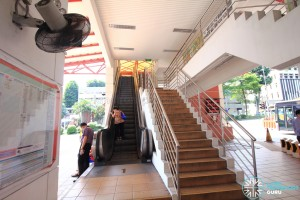 Escalators and stairs to NTWU Canteen and Linkbridge