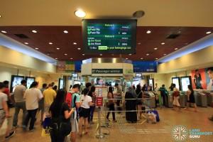 Tampines MRT Station - Passenger Service Centre & Faregates