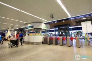 Eunos MRT Station - Passenger Service Centre & Faregates