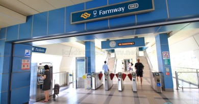 Farmway LRT Station - Concourse level faregates