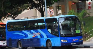 ComfortDelGro Bus Isuzu LT133P (PA6180D) - Service 222P