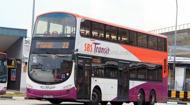 SBS Transit Volvo B9TL Wright (SBS7669D) - Service 22
