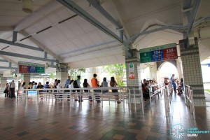 Pasir Ris Bus Interchange - Standard berth with L-shaped queue lines