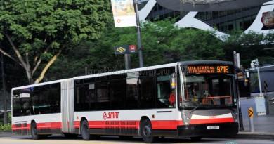 SMRT Mercedes-Benz O405G Habit (TIB1238H) - Service 971E