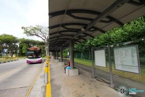 Kent Ridge Bus Terminal - Boarding stop