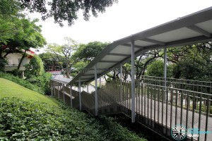 Kent Ridge Bus Terminal - Sheltered walkway to Kent Ridge Drive