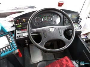 Travel GSH - Zhongtong LCK6121GHEV (PC2086J) - Dashboard