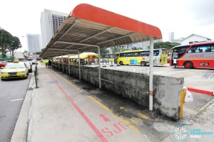 Queen Street Bus Terminal - Long sheltered queue lanes
