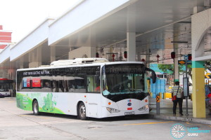 Go-Ahead BYD K9 (SG4001J) - Service 119 at Hougang Street 21