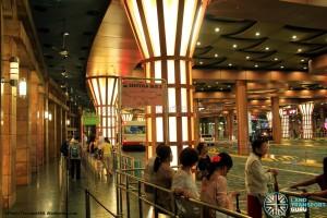 Resorts World Sentosa Bus Terminal - Sentosa Bus boarding berth