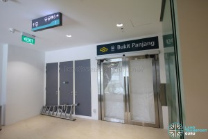 Bukit Panjang Bus Interchange - Hillion Mall access