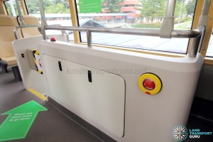 MAN Lion's City DD L Concept Bus (SG5999Z) - Equipment housing and movable barrier release knob