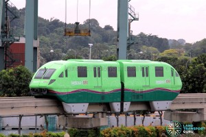 Sentosa Monorail - Green Train