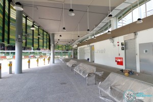 New Shenton Way Bus Terminal - Waiting benches