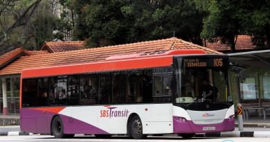 SBS Transit Scania K230UB (SBS8906K) - Service 105