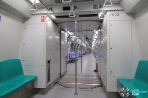 Kawasaki Heavy Industries & CSR Qingdao Sifang C151B - Gangway connection