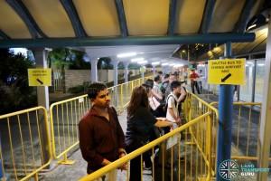 Tanah Merah – Changi Airport Parallel Bus Service: Tanah Merah Boarding Queue