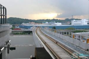 Gul Circle MRT Station - Platform D viaduct end