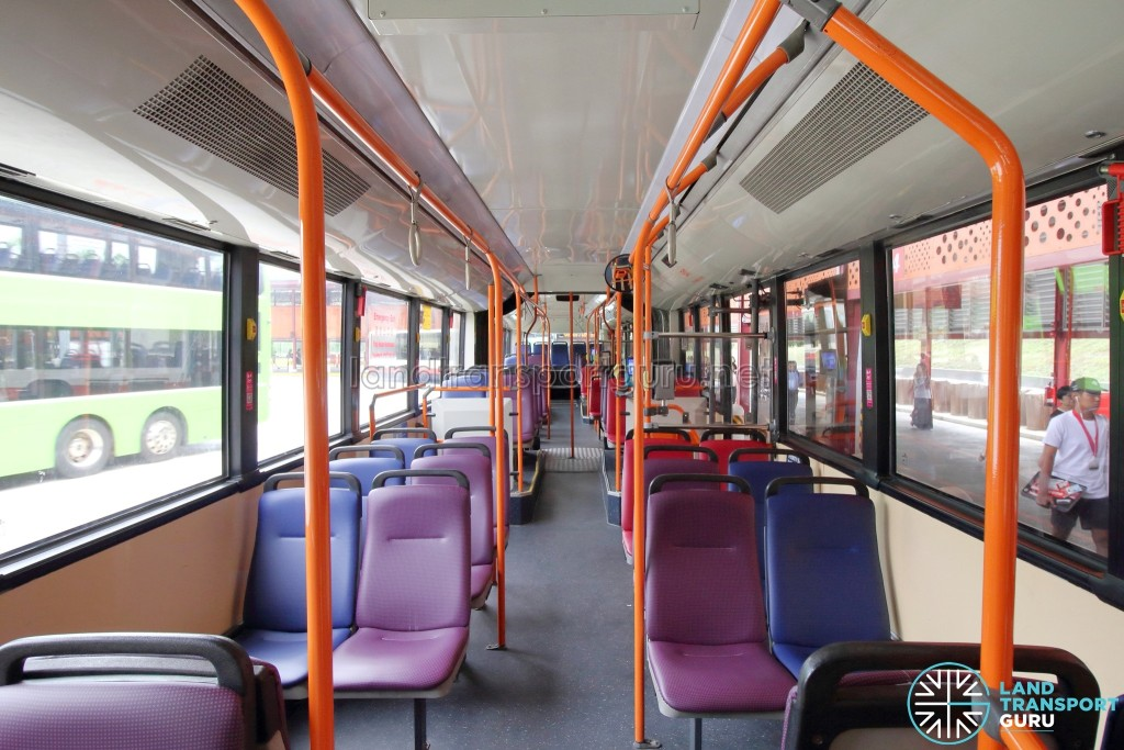 Mercedes-Benz O405G (Hispano Habit): Front to rear view. Seats near the aisle are in purple, while seats nearer to the windows are in blue.