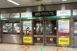 Trial Signage at Outram Park East-West Line Platform A (Jun 2017)