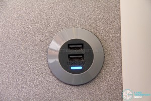 Alexander Dennis Enviro500 (Batch 2) - USB Charging Port