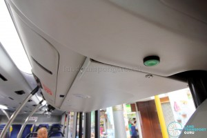 SBS Transit MAN A95 ND323F (SG5835M) - Automated Wheelchair Ramp deployment button