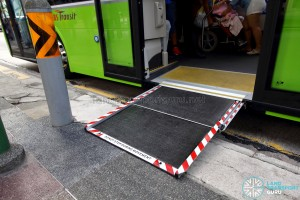 SBS Transit MAN A95 (ND323F) (SG5835M) - Automated Wheelchair Ramp (Deployed)