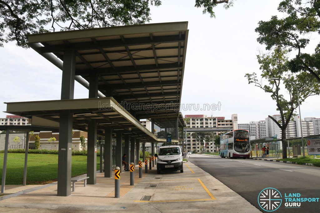 Pick Up / Drop Off Point at Mattar MRT Station