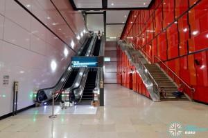 MacPherson MRT Station - Platform D to Concourse