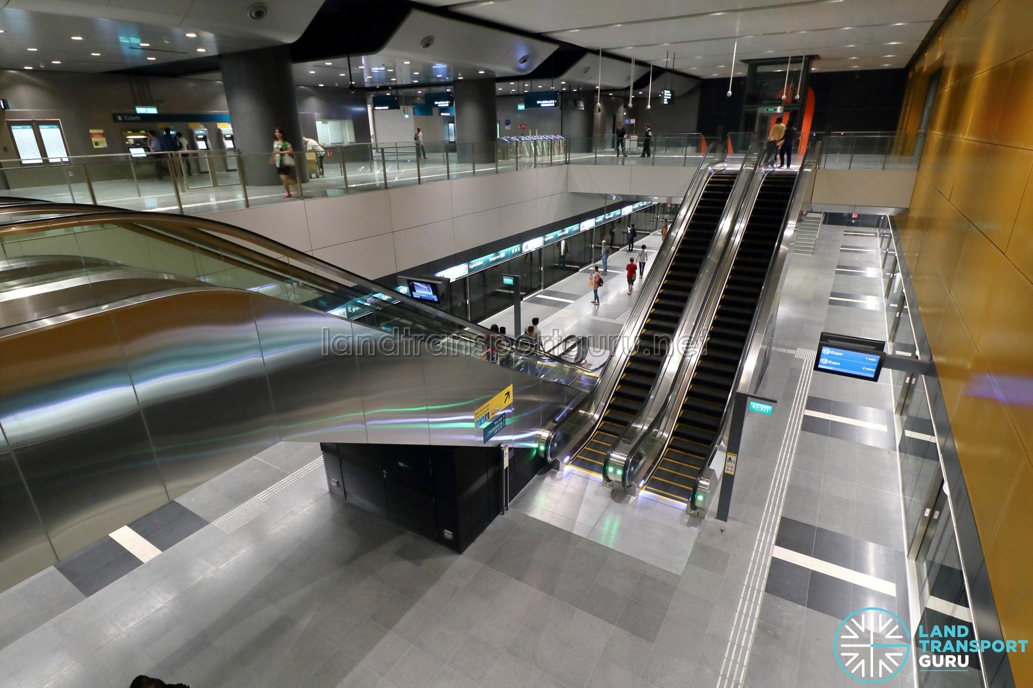 City Hall MRT Station - Land Transport Guru