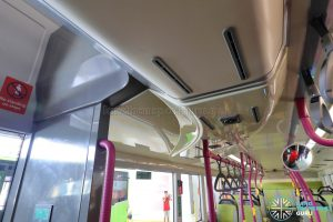 Volvo B8L (SG4003D) - Curved air-conditioning duct