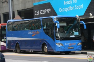 ComfortDelGro Bus Isuzu LT133P (PA5262H) - City Direct 653