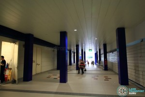 Bukit Panjang LRT Station - Ground floor walkway between Downtown Line and Bukit Panjang LRT